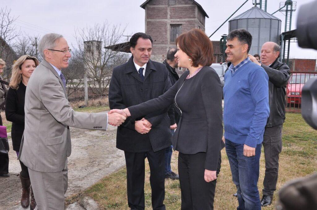 Poseta Ambasadora SAD gospodina Majkl Kirbi slika 1 │ Fabrika pekarskih proizvoda Danija